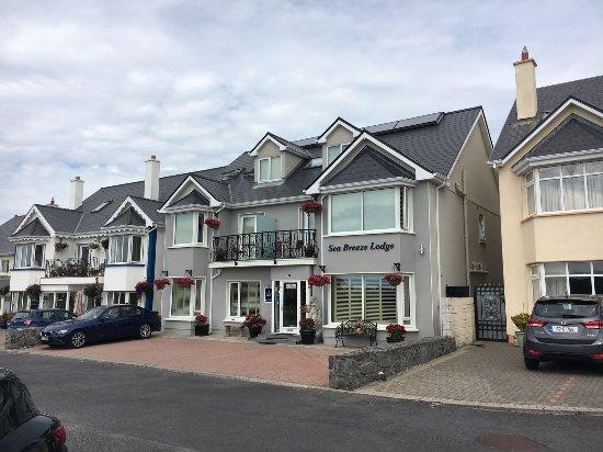 Sea-Breeze Lodge