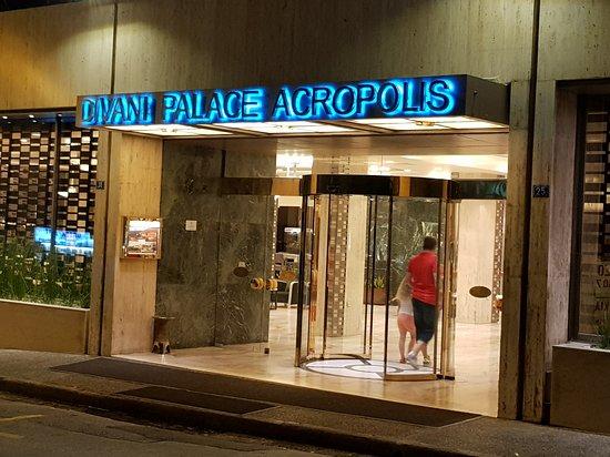 Divani Palace Acropolis: 20170713_212000_large.jpg