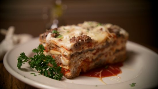 Saint Charles, MO: Fratelli's huge scratch-made lasagna