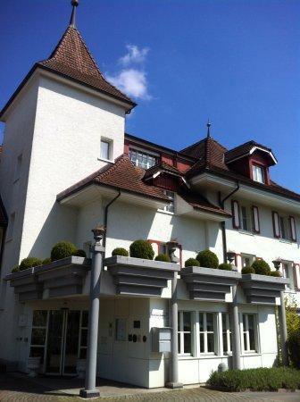 Sursee, Szwajcaria: Здание отеля-ресторана