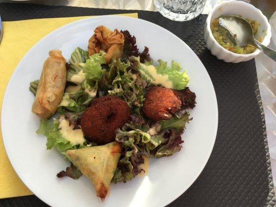 Eaunes, France: Entrée assiette créole