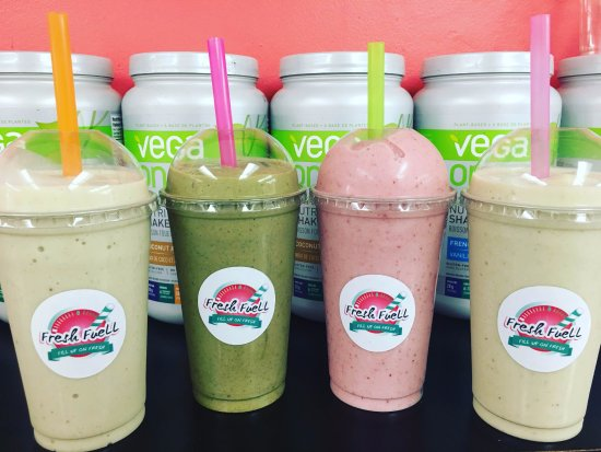 Lindsay, Canada: Smoothies made with our store-made almond milk