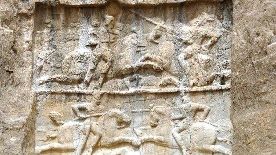 Naqsh-e-Rostam: bas reliefs , victoires de Bahram II