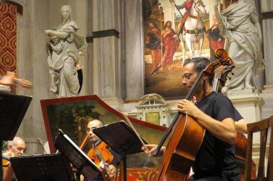 Interpreti Veneziani: Davide Amadio cello venice