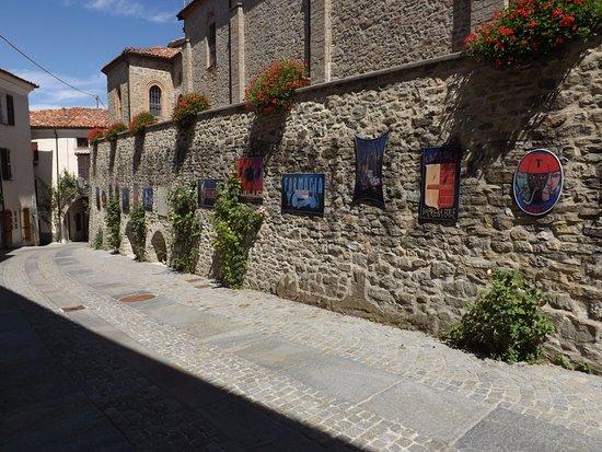 Bossolasco, Italy: Arti e mestieri