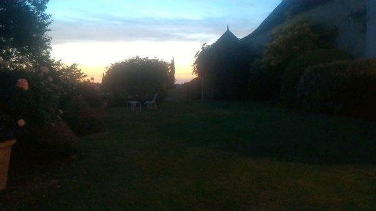 Saint-Nexans, ฝรั่งเศส: Coucher du soleil au pied de la Chartreuse
