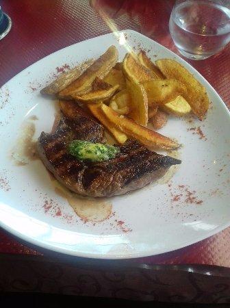 La Comedia : steak and chips