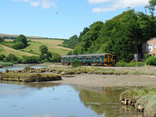 ‪Looe Valley Line‬