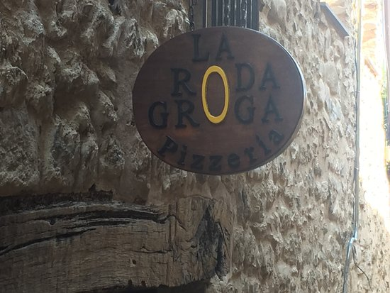 Pizzeria La Roda Groga Photo