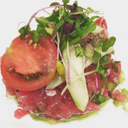 เกลนมิลส์, เพนซิลเวเนีย: Tuna Tartare