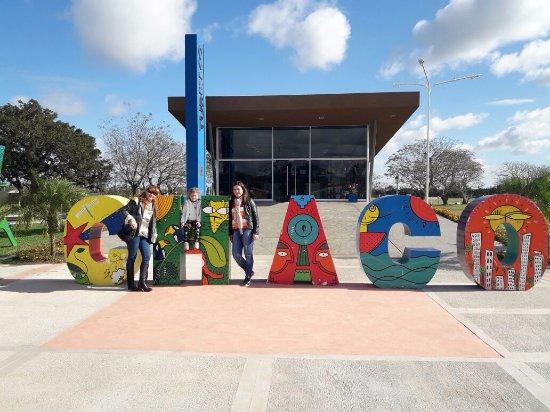 Resistencia, Argentina: Entrada al Parque de la Democracia- Dirección de Turismo