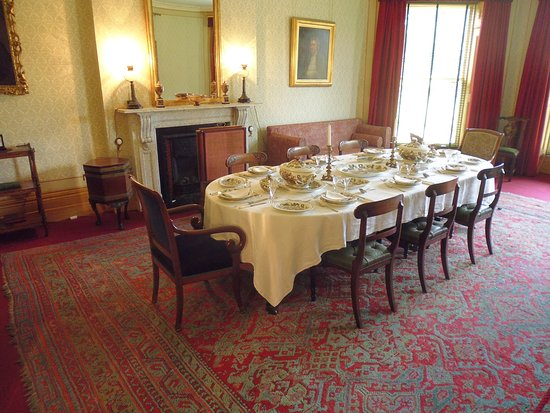 de eetkamer - Picture of Charles Darwin Down House, Downe - TripAdvisor