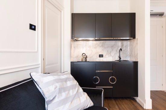appartamento 4 persone - Picture of Verona House Aparthotel & Suite ...