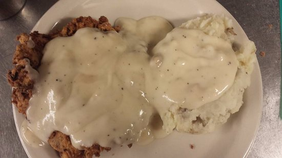 GiGi's Cafe': Country Fried Steak and Mashed Potatoes