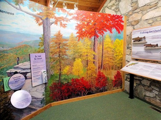 Pisgah Visitor Center: inside