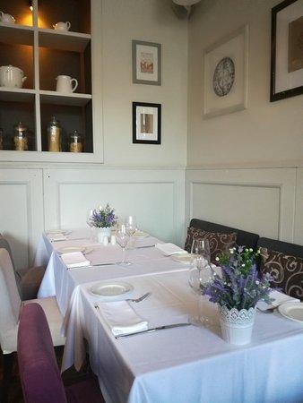 Romeo's Restaurant: Милый интерьер