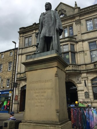 Statue of Sir Mathew Wilson Skipton
