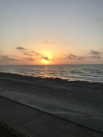 Holiday Inn Corpus Christi - N. Padre Island: Beautiful sunrise