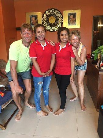 Happy thai massage I Let
