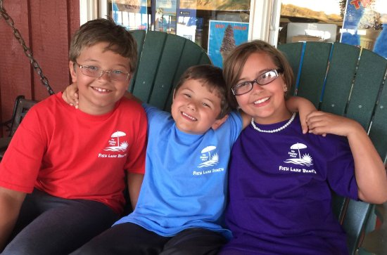 Volo, IL: Souvenir Fish Lake Beach tees worn by Happy Campers!