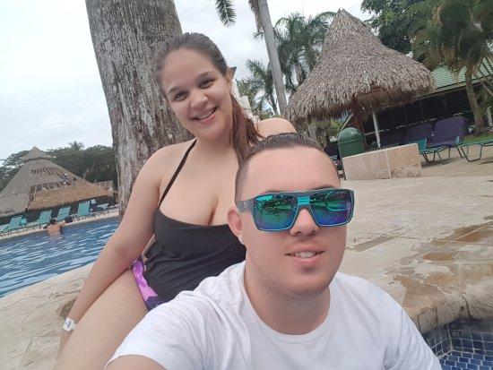 Tambor, Costa Rica: El área de piscina es muy limpio y bastante grande lleno de comodidad
