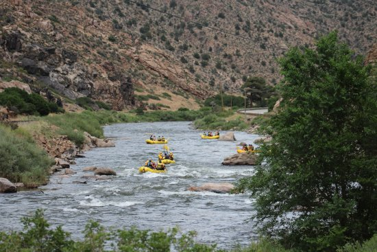 Cotopaxi, CO: Rafting down the Arkansas River