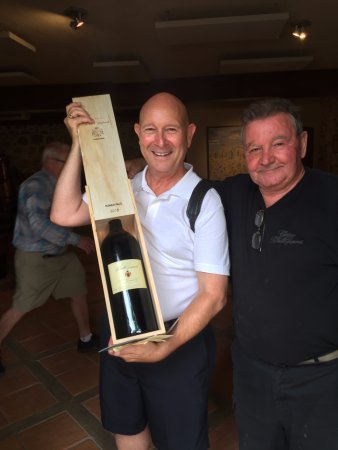 Boutenac, Prancis: A jeroboam (3 liters) with the winemaker