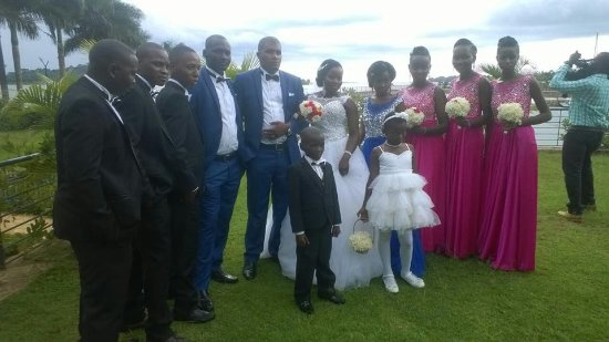 Munyonyo Commonwealth Resort: wedding moment