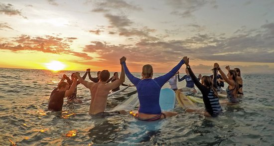 Santa Teresa, Costa Rica: Paddle out for Gratitude