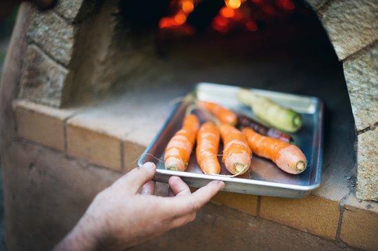 Φόρεστβιλ, Καλιφόρνια: Produce from our garden straight to the table.
