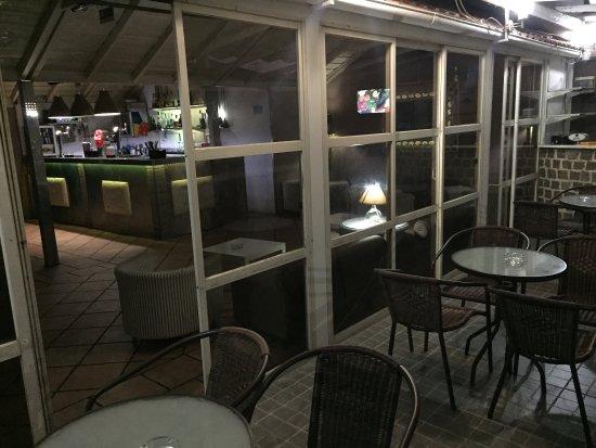 Reguengos de Monsaraz, Portugal : Classic Pub