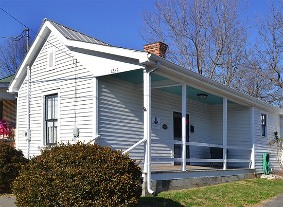 Bristol, TN: Ernie Ford House in December 2016