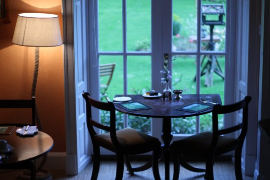 Newburgh House - Coxwold: The breakfast room