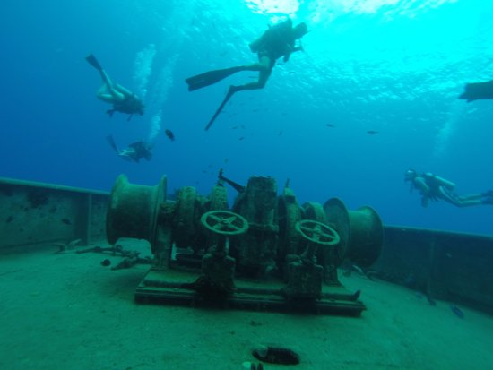 Kittiwake Shipwreck & Artificial Reef: The forward winches