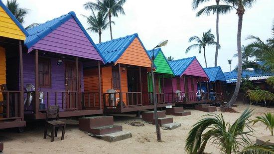 New Hut Bungalows : Chambres sur la plage