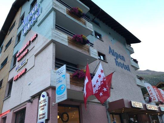 Täsch, Schweiz: photo0.jpg