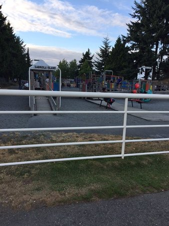 Maffeo Sutton Park: The playground is fun, fun, fun!