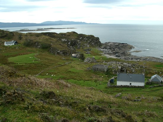 Glenuig, UK: The view looking down into Margaret Leigh's home