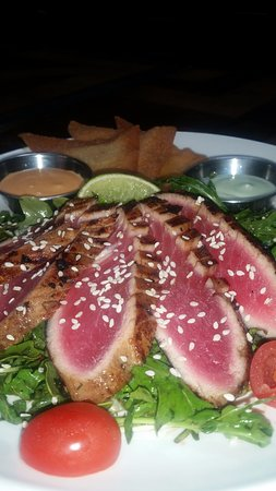Burien, WA: Seared Ahi