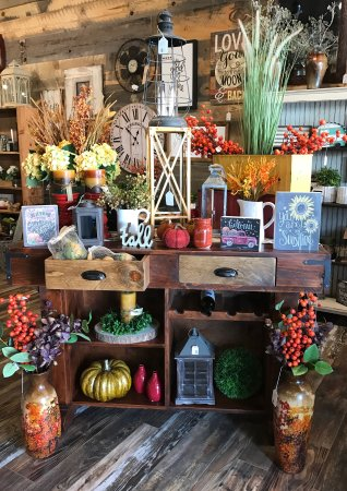 Park Rapids, MN: Fall Decor!