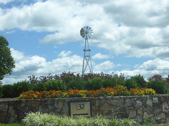 Leesburg, VA: Windmill