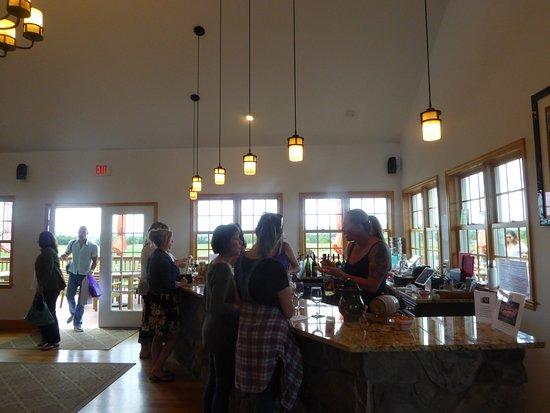 Leesburg, VA: Tasting Room