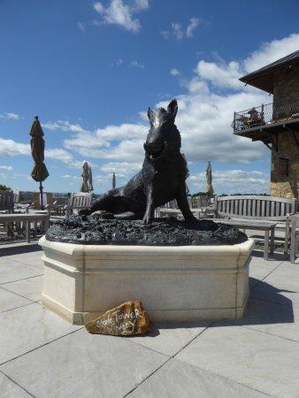 Лизбург, Вирджиния: Statue