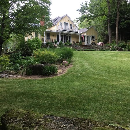 Guilford, VT: Enjoy true Vermont peace and quiet in our landscaped haven.
