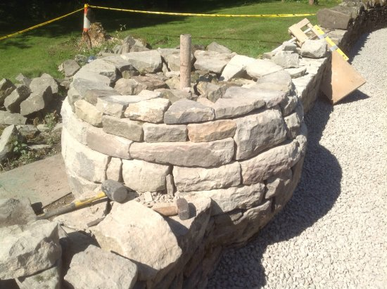 Parkend, UK: Dry stone globe, under construction.