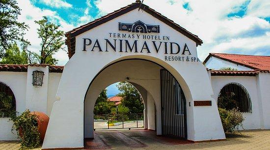 Panimavida, Chili: Entrada a las Termas