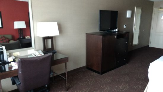 Elgin, IL: King bed room with desk and TV