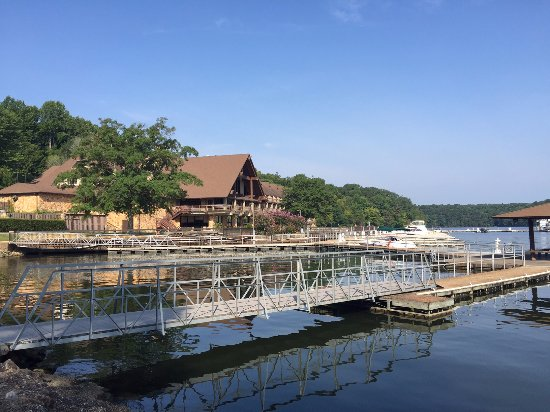 Rogersville, AL: View of the lodge.