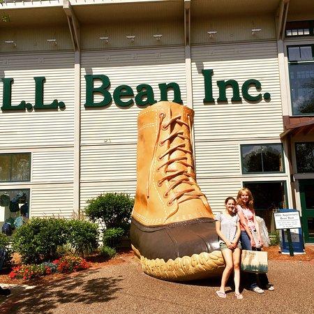 L.L. Bean Factory Store: photo0.jpg