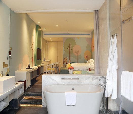 Hilton Sanya Yalong Bay Resort & Spa: Family Room Bathroom